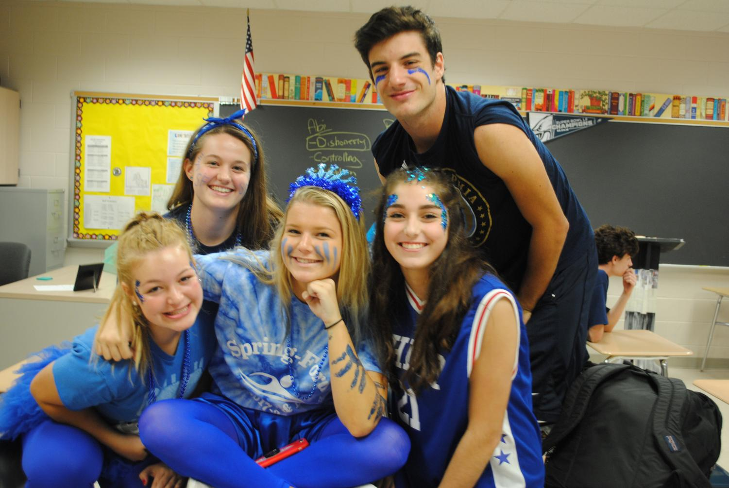Juniors Lauren Ruffo (from left), Rachel Rutkowski, Meredith Ruckelshaus, Paige Rothenberger, and Nick Salvo pose for a photo prior to the Pep Rally.