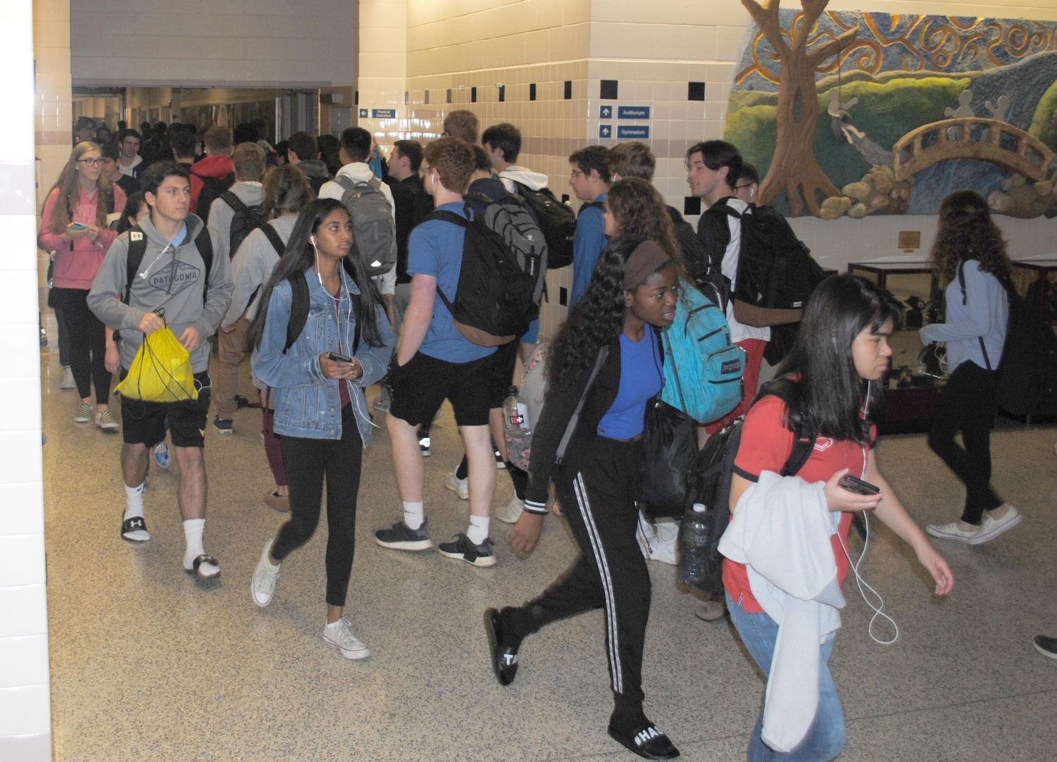 Students try to avoid traffic in between periods in the hallway.