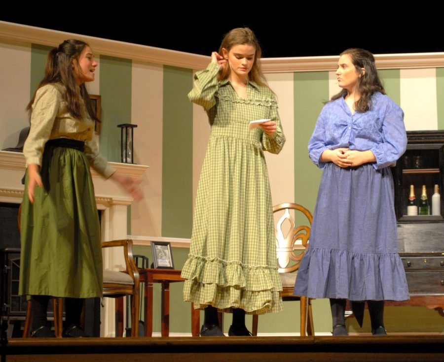 Olivia+Hungate+%28from+left%29%2C+as+Beth%2C+Erica+Love%2C+as+Meg%2C+and+Lindsey+Edwards%2C+as+Amy%2C++run+through+dialogue.+